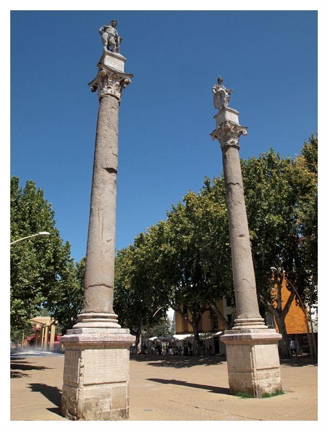 hercules statue seville park hot sunny
