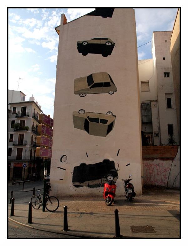falling cars valencia graffiti