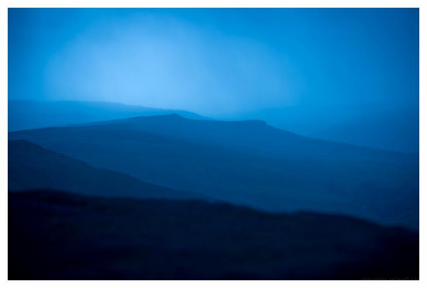 deep rain falling derbyshire peak district