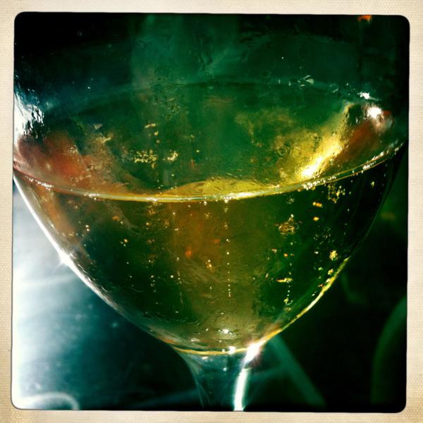 bubbly wine white champaign plonk cava