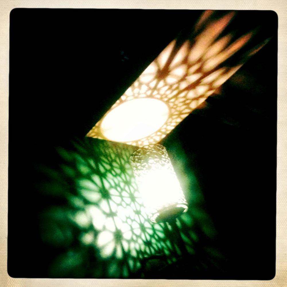 light pub pattern glow iphone hipstamatic