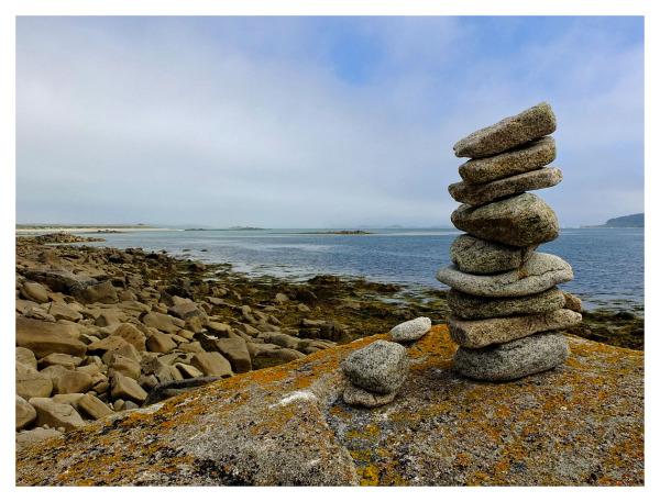 Balance of Round Stones