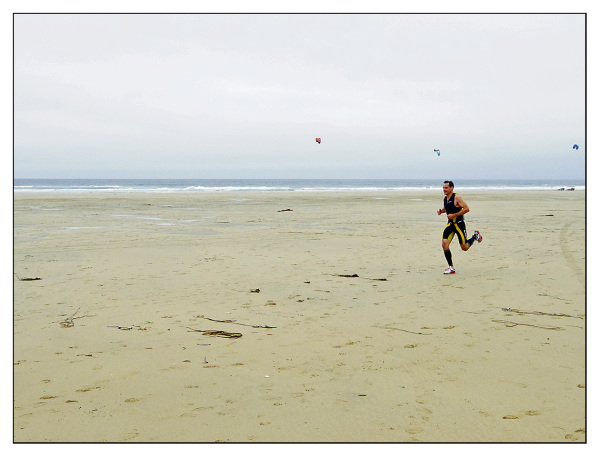 runner triathlete triathlon perranporth beach