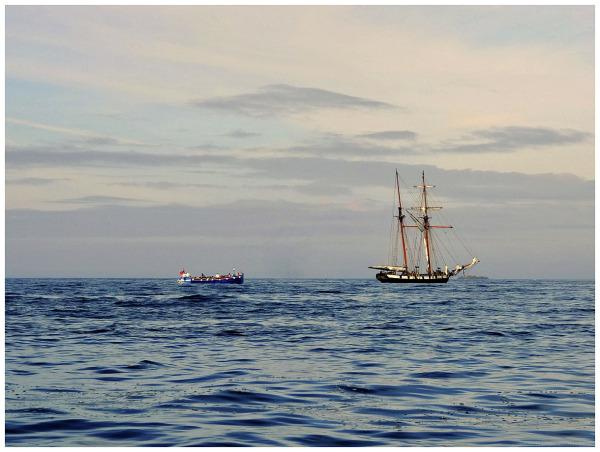sailing ship atlantic ocean