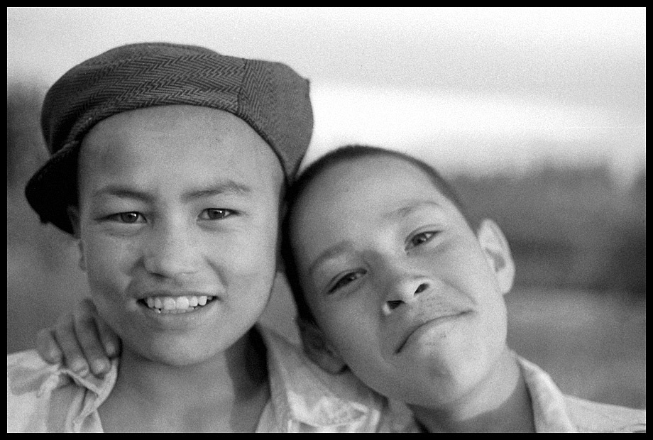 kashgar 1988 children smiles