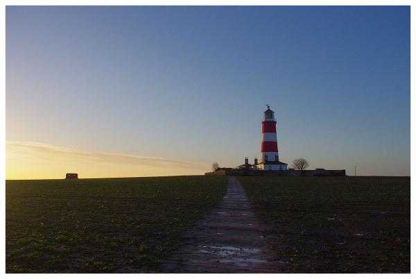 lighthouse happisburgh norfolk dawn light
