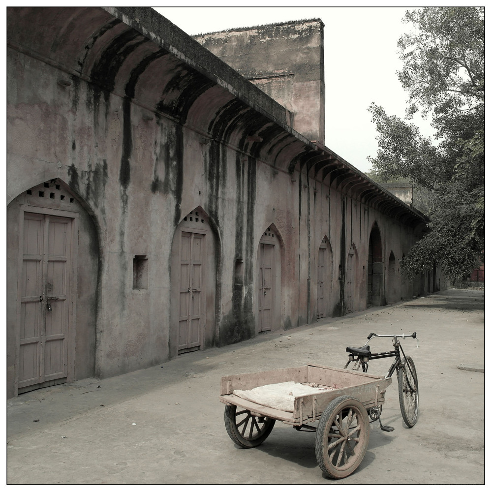 bike cart safdarjung tomb new delhi