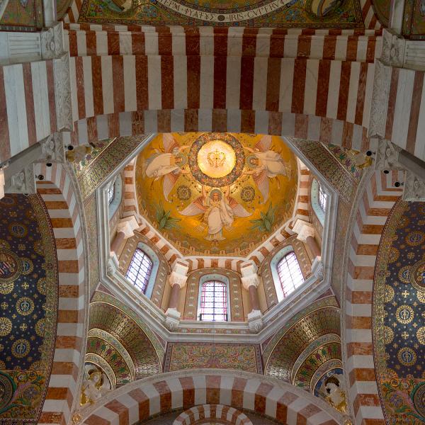 Notre Dame de la Garde, Interior