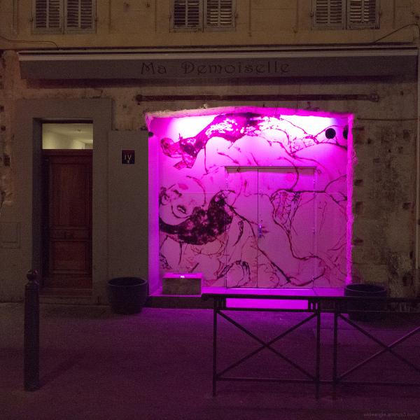 club pink night marseille