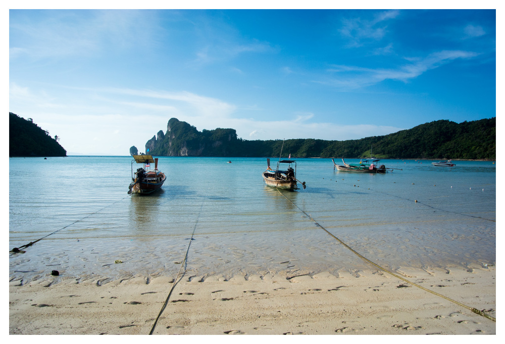 boats beach blue waters phiphi-don