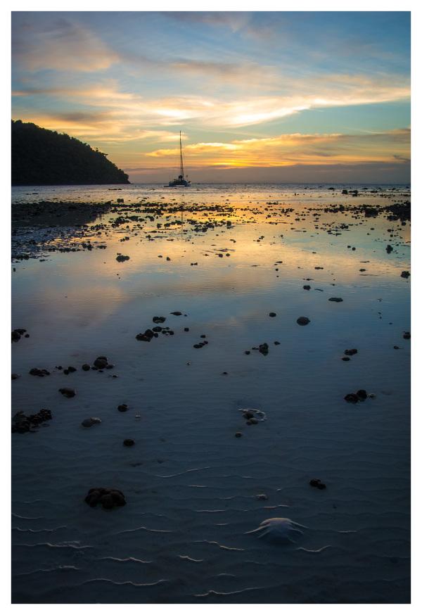 sunset beach phi-phi-don sailboat
