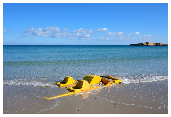 sunk yellow paddle boat monastir tunisia