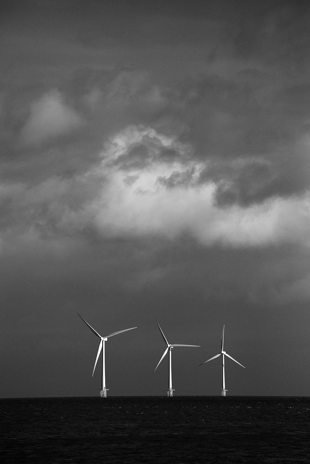windfarm sea norfolk coast windy