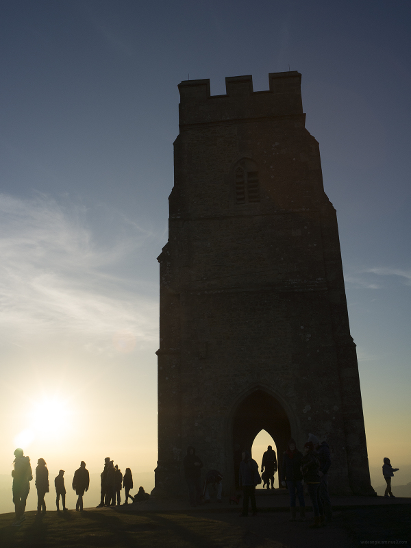 glastonbury tor sunset worship people culture