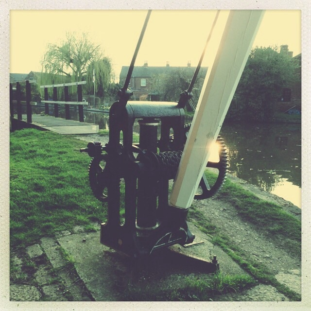 Canalside crane restored in shardlow