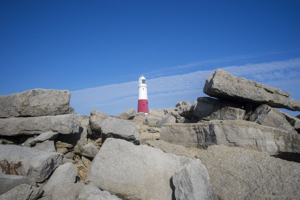 portland bill lighthouse rocks dwared