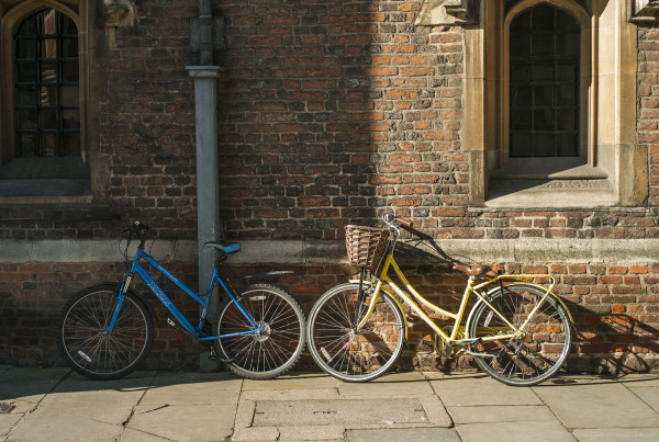 cambridge yellow bike blue bike
