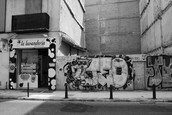 launderette bat grafitti valencia