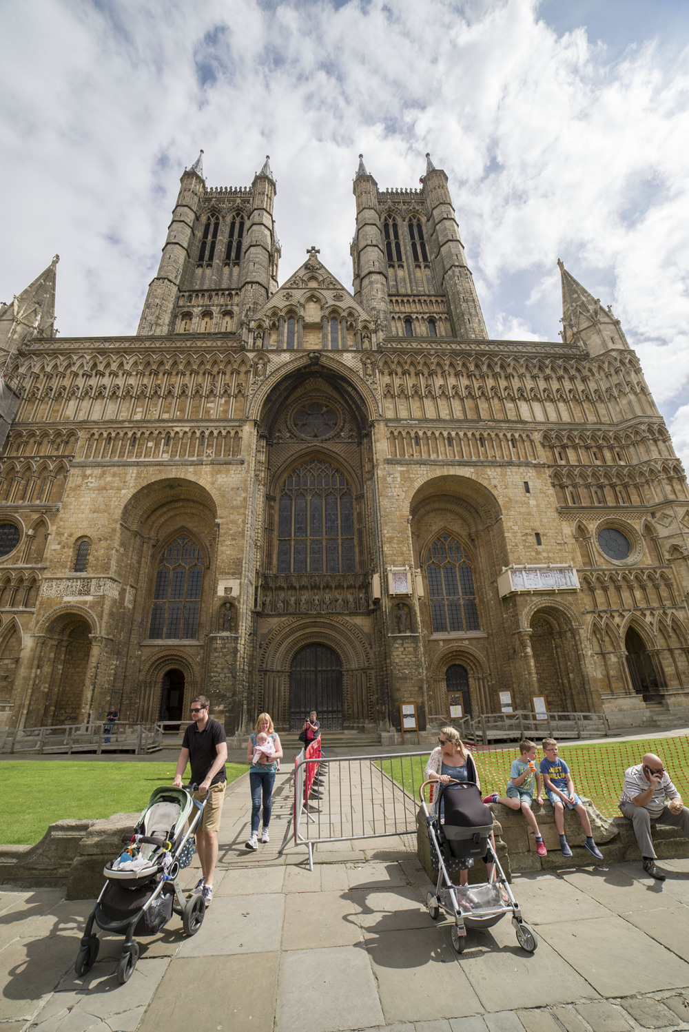 lincoln cathedral wideangle 14mm architecture hist
