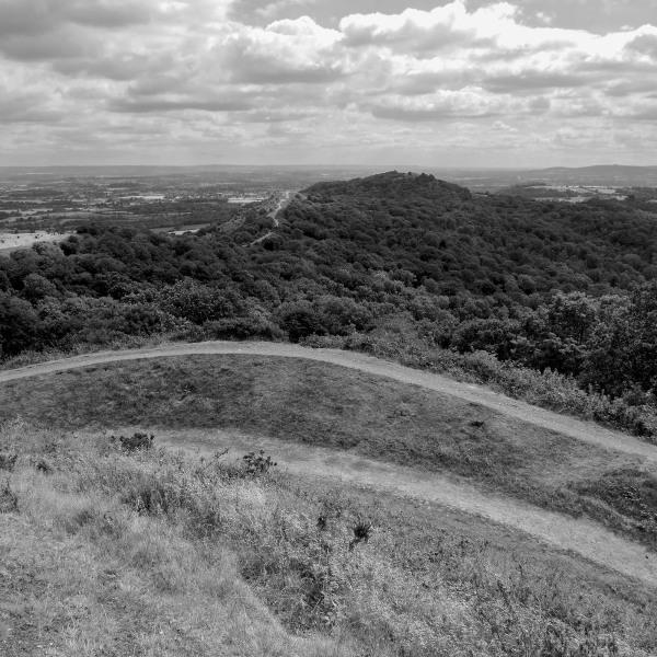 malvern hills gloucestershire rocks walks
