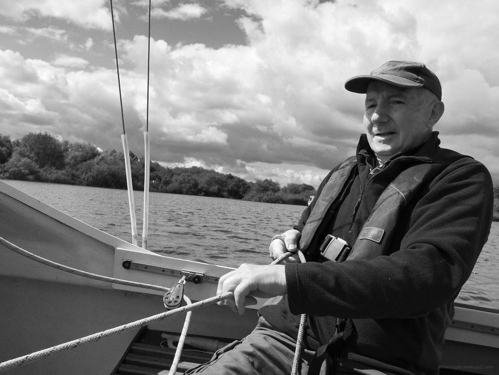 sailing norfolk broads water sport