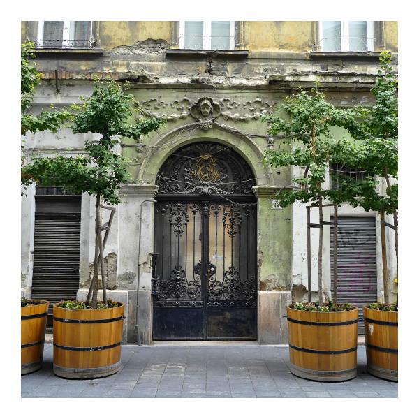 budapest courtyard crumbling facade balcony
