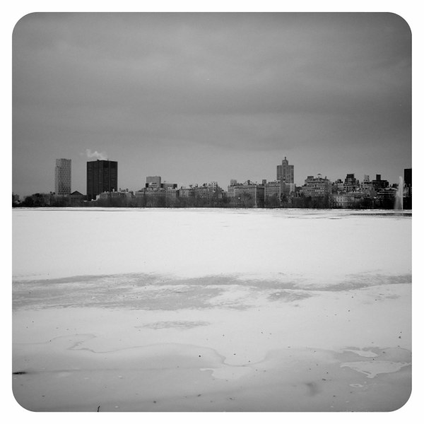 new york ciryscape cold winter snow metropolis usa
