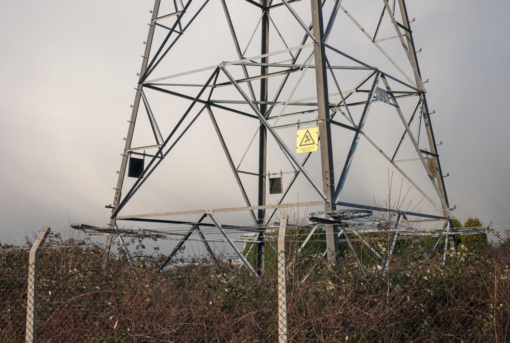 beeston trailerpark caravan pylon wires marina clo
