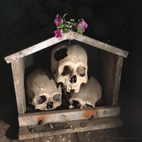 Fontanelle Skulls, Naples 3