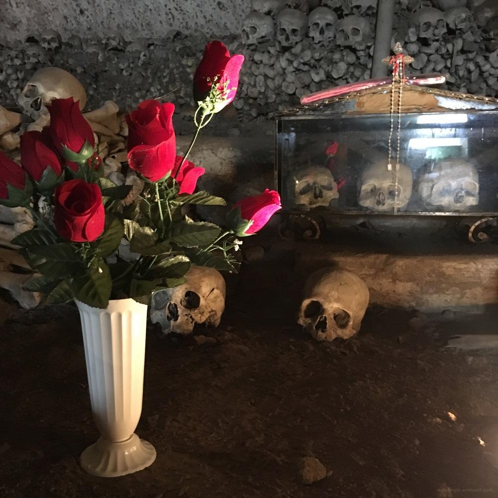 naples city streets fontanelle skulls light b&w