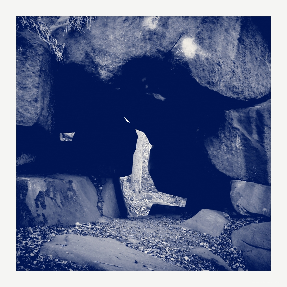 rowter rocks birchover derbyshire hermits caves wi