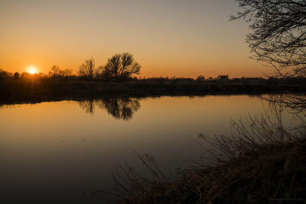 sunset shardlow river trent golden dusk