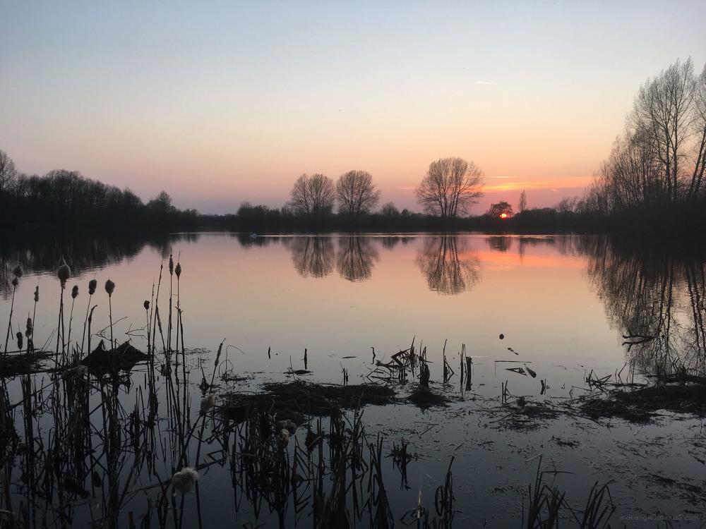 sunset derbyshire st-chads lake