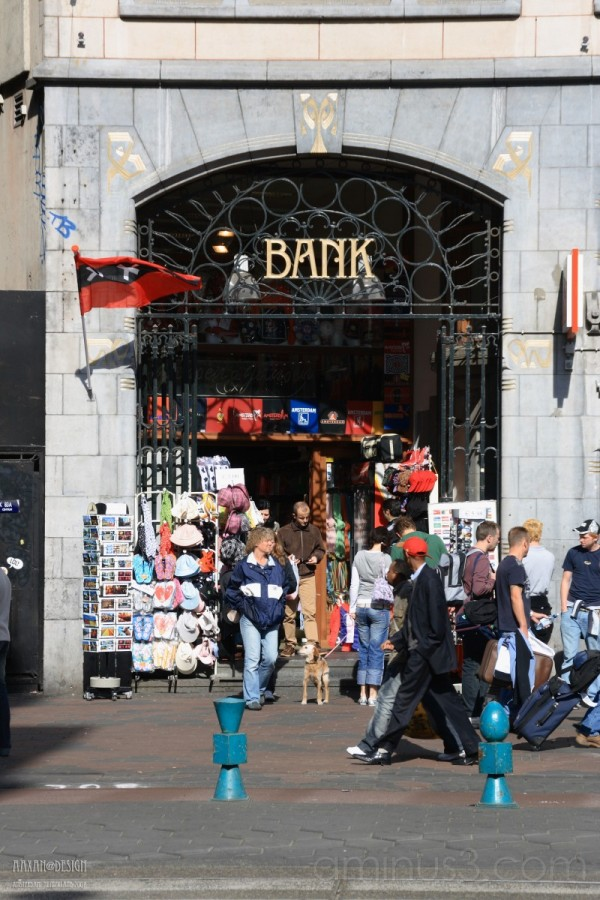 the BANK of Amsterdam
