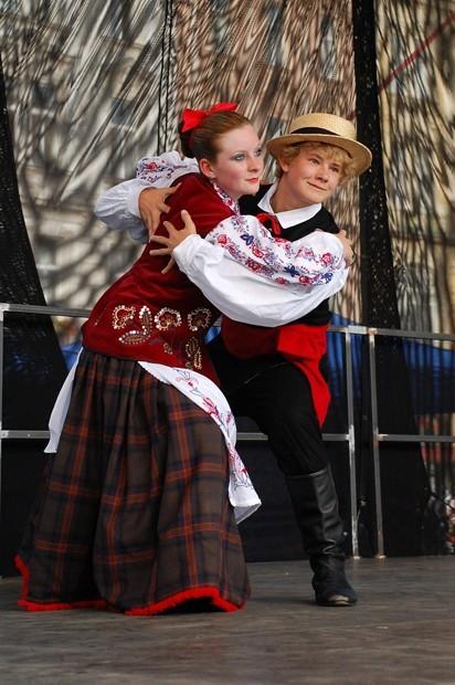 Folk's Dance