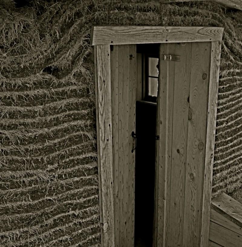 sod home doorway