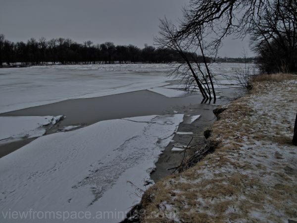 red river ice breakup