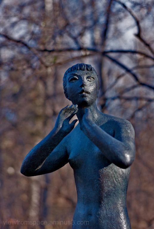 leo mol sculpture winnipeg