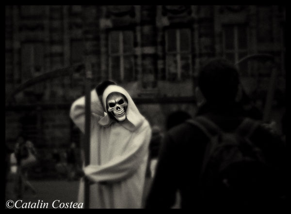 On the streets of Amsterdam - Skull