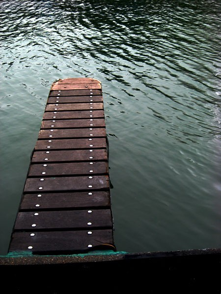 docking path for boats