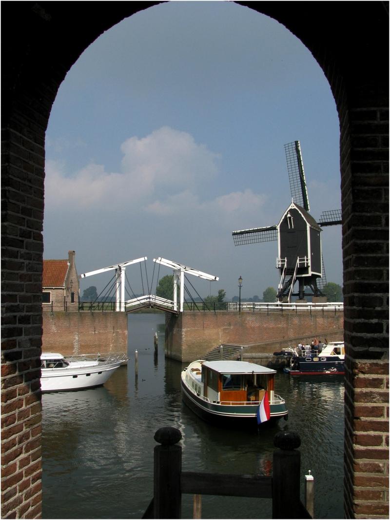 Canal through Heusden