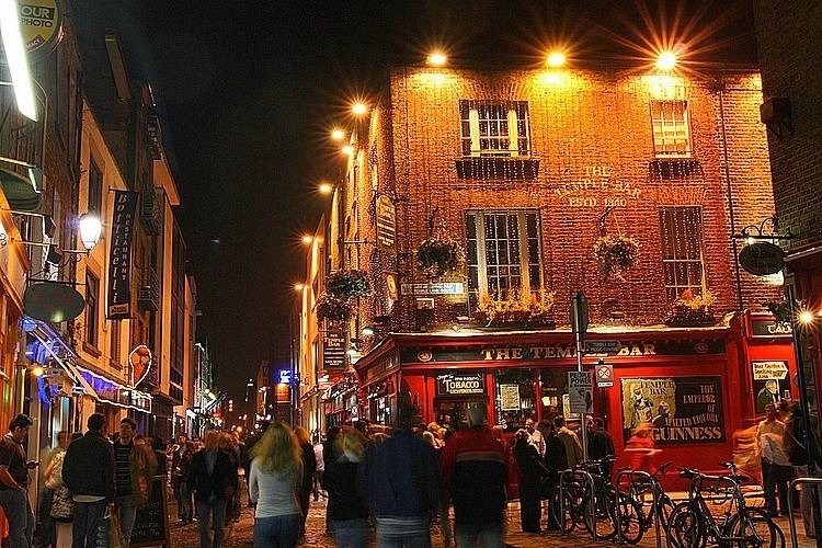 Saturday Night in Dublin
