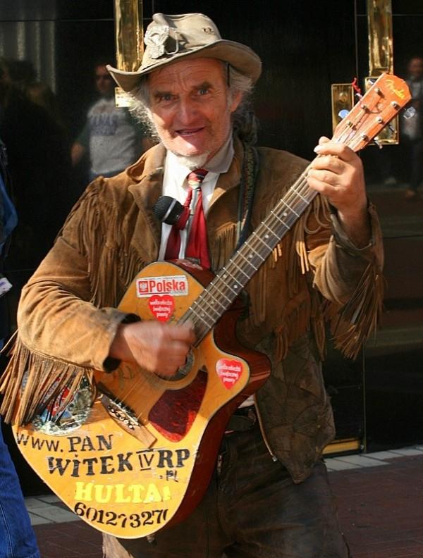 Guitarist Busker
