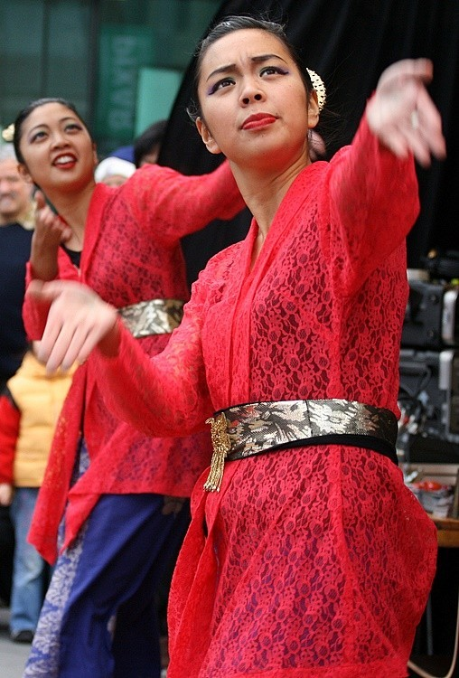 Two Malay Dancers IV