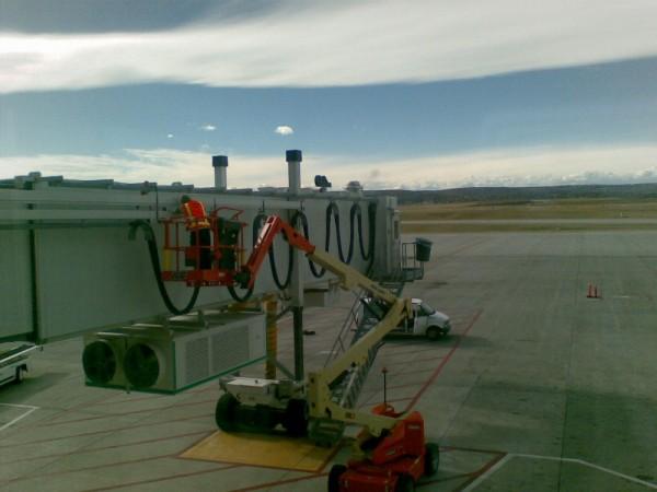 Inspecting a jet bridge @ YYC