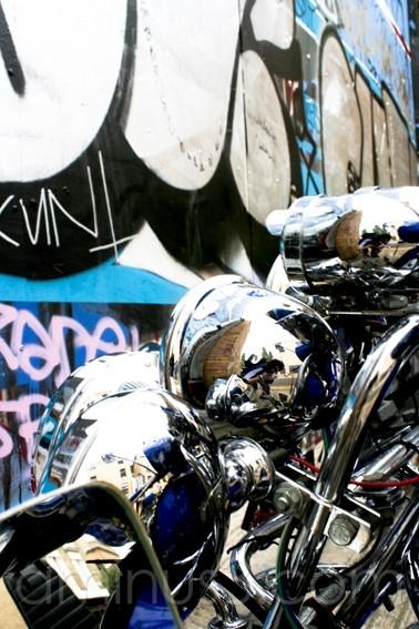 lights moped graffiti  london  vespa mod classic
