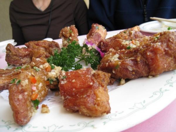 Pork Ribs with Garlic