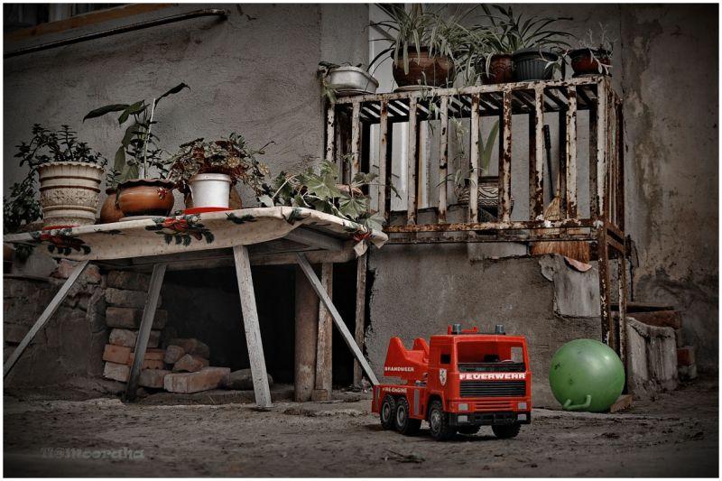 tbilisi georgia spring fire-fighting truck