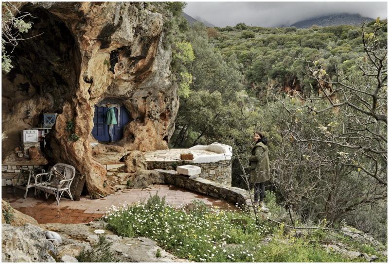 greece rabbit hole dwarf house