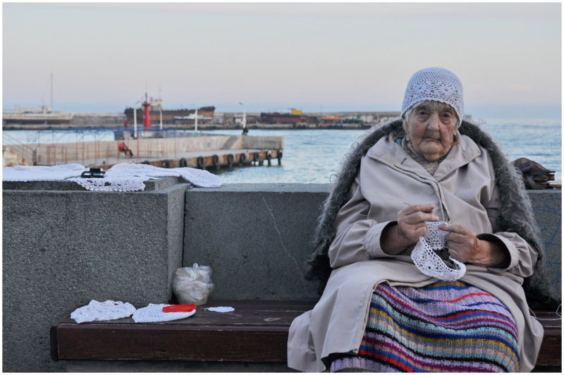 crimea ukraine elderly sea